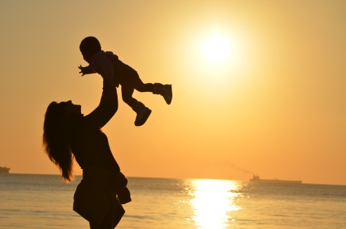 mother-daughter-love-sunset-51953.jpeg